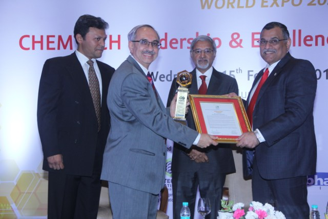 Nadir Godrej, Managing Director, Godrej Industries Limited received the prestigious CHEMTECH Leadership & Excellence Award 2017